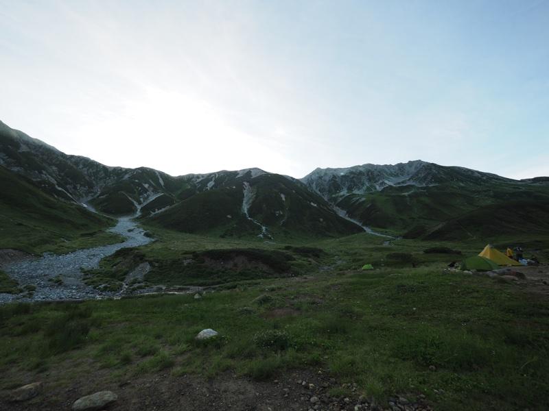 立山を登る1